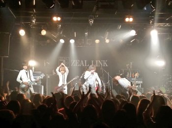 「CLOWD」、「ZEARTOUR2017」.jpg
